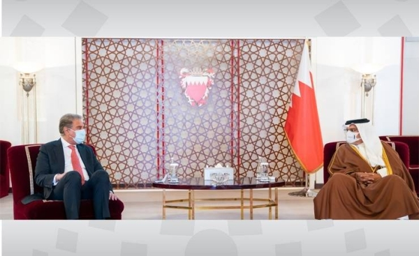 Bahrain Crown Prince Salman Bin Hamad, who is also the country's prime minister, met here on Thursday with Pakistani Foreign Minister Shah Mahmood Qureshi.