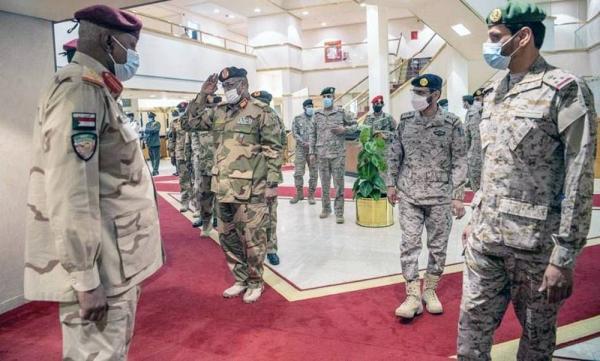 Deputy Chief of the General Staff and Acting Joint Forces Commander Lt. Gen. Motlaq Bin Salem Al-Azimah received at the Joint Forces Command of the Coalition Headquarters here Monday the Commander of the Sudanese Land Forces Lt. Gen.l Essam Mohamed Hassan Karar.