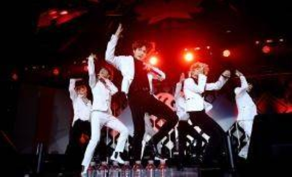 China's Weibo suspends 21 K-pop fan accounts for 'irrational star-chasing behavior'.